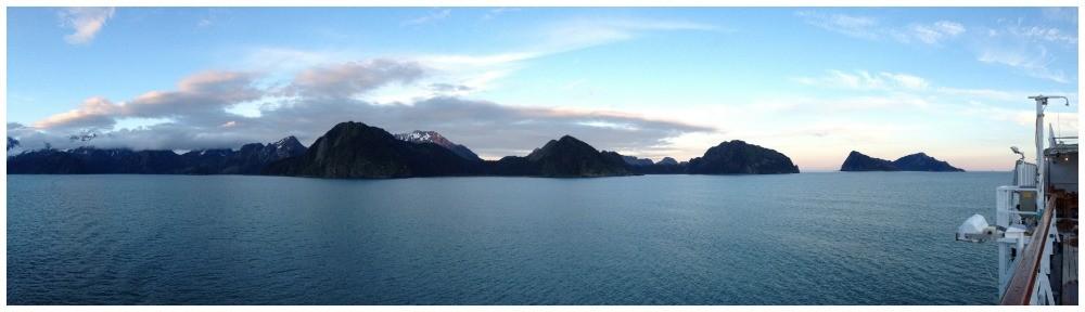 Midnight sun moods in Alaska