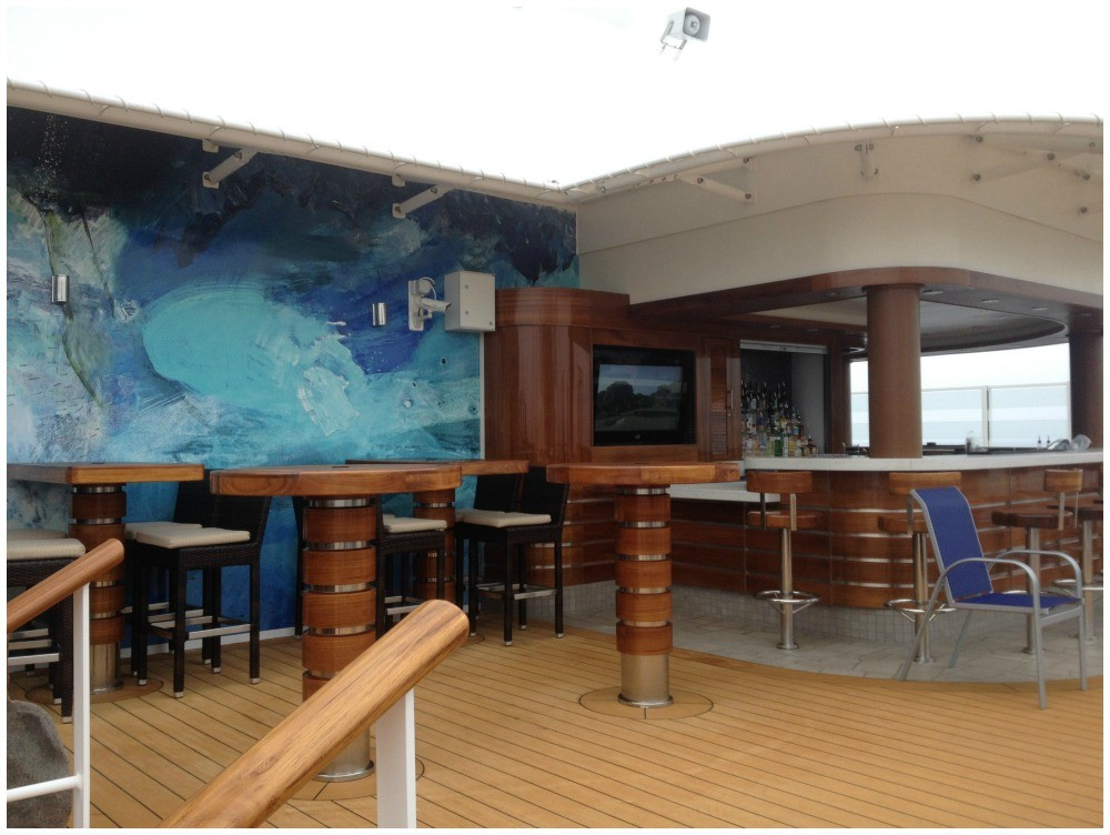 Spice H2O bar on deck 17 at the very back on NCL Escape