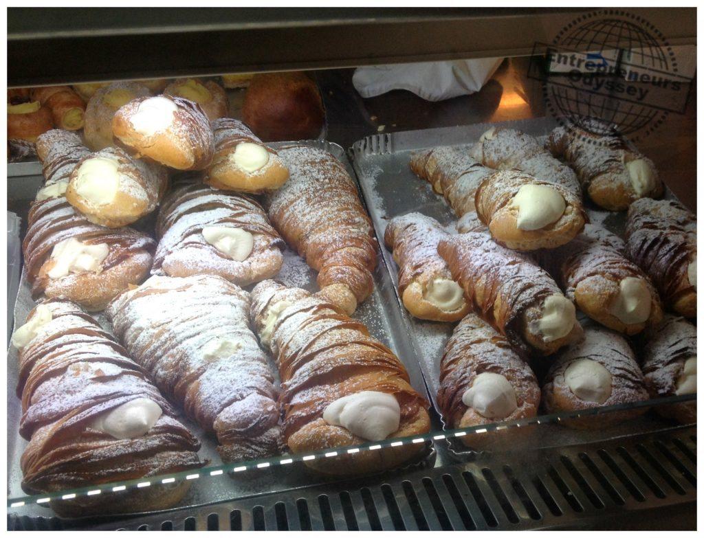 Aragosta pastry (Sfogliatella) from Formia cafe